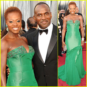 Viola Davis - Oscars 2012 Red Carpet