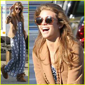 AnnaLynne McCord: On Location for '90210'