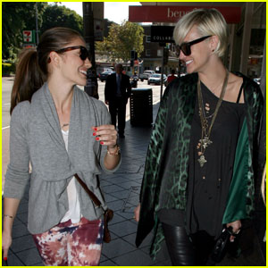 Ashlee Simpson & Minka Kelly: Sydney Shoppers