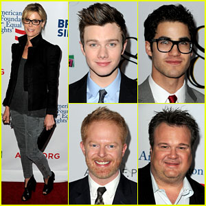 Chris Colfer & Darren Criss: '8' Performance & Red Carpet!
