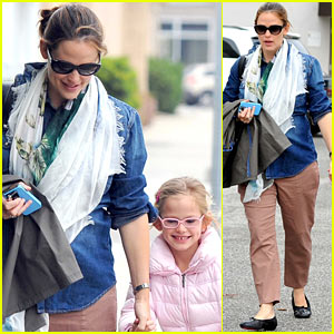 Jennifer Garner &#038; Violet: Saturday Ballet!