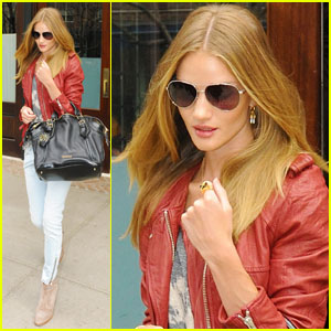Rosie Huntington-Whiteley: Stylish Sunday