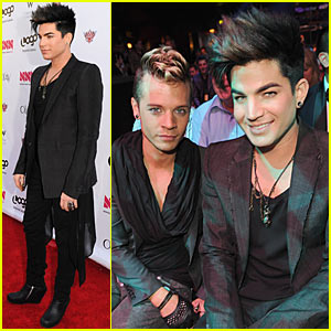 Adam Lambert: Logo's NewNowNext Awards with Sauli Koskinen!