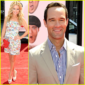 Becki Newton & Chris Diamantopoulous: 'Three Stooges' Premiere!