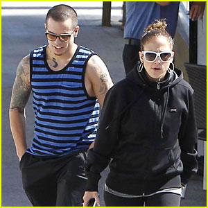 Jennifer Lopez & Casper Smart: Lovebirds at Lunch!