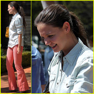 Katie Holmes: Lunch Date With Friends!