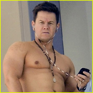 Mark Wahlberg: Shirtless In Miami