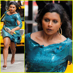 Mindy Kaling: Barefoot on Set