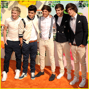 One Direction - Kids' Choice Awards 2012 Performance!