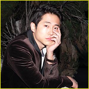 Steven Yeun: 'Walking Dead' Survivor!