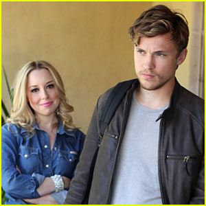 William Moseley: Bonnie Paul's 'It Was Love, Now It's War' Video Premiere!