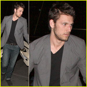 Alex Pettyfer: 'Magic Mike' Gets 'R' Rating