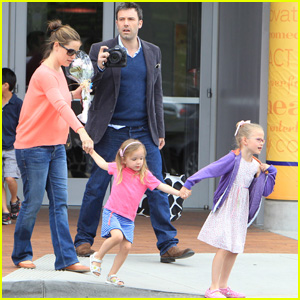 Jennifer Garner & Ben Affleck: Proud Parents