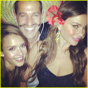 Jessica Alba & Sofia Vergara: Cinco de Mayo Party Gals!
