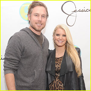 Jessica Simpson Gives Birth to Baby Girl Maxwell!