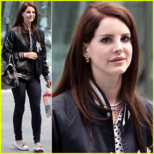 Lana Del Rey Lands in London
