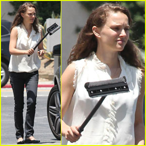 Natalie Portman: Windshield Wiper