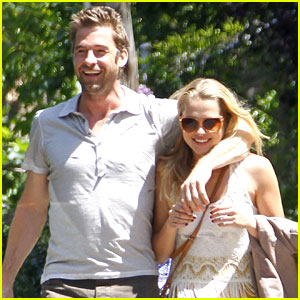 Teresa Palmer & Scott Speedman: Memorial Day Party!