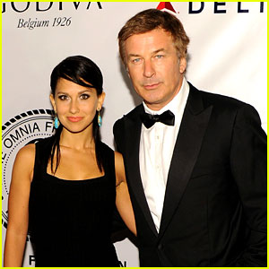Alec Baldwin Marries Hilaria Thomas!