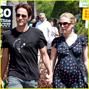 Anna Paquin & Stephen Moyer: 'True Blood' Premieres Tonight!