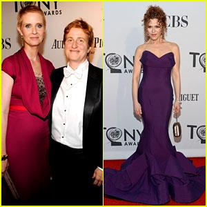 Cynthia Nixon & Bernadette Peters - Tony Awards 2012
