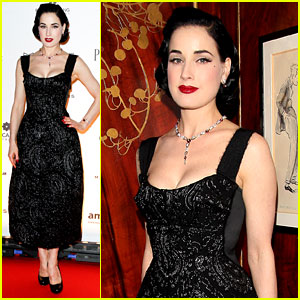 Dita Von Teese: amfAR Inspiration Night in Paris!