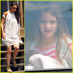 Katie Holmes &#038; Suri: Bye Bye, Big Apple!