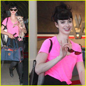 Krysten Ritter to Zooey Deschanel: You Are Too Cute!