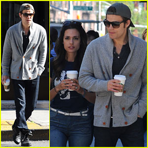 paul wesley nyc sights Paul Wesley & Torrey DeVitto: Starbucks Couple!