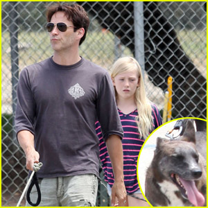 Stephen Moyer & Lilac: Pet Pooch Promenade!