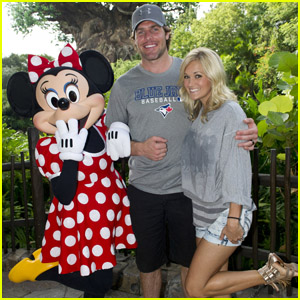 Carrie Underwood & Emily Blunt: Disney Dames!