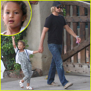 Gabriel Aubry & Nahla: Lunch with a Friend!