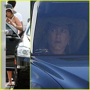 Jennifer Aniston & Justin Theroux: Shopping Sweethearts!