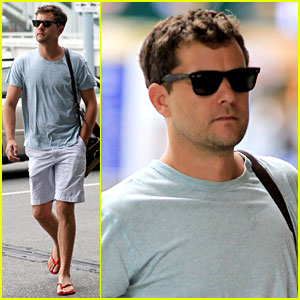 Joshua Jackson: Farewell Vancouver!