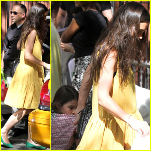 Katie Holmes: Ice Cream Date with Suri!
