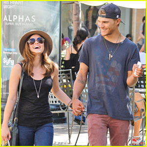 Chris zylka and lucy hale kissing