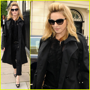 Madonna: London Hotel Arrival!