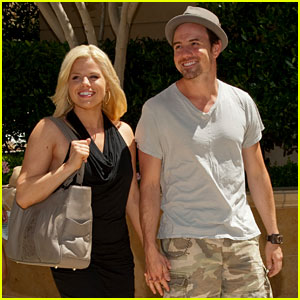 Megan Hilty: Vegas Vacation with Brian Gallagher!