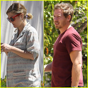 Drew Barrymore: Candle Shopping with Will Kopelman!