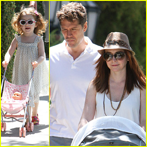 Alyson Hannigan: Brentwood Family Lunch!