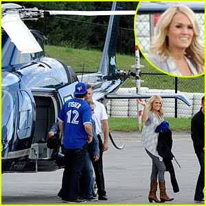 Carrie Underwood: Helicopter to Canada!