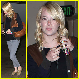 Emma Stone: Make-up Free Sushi Lunch!