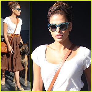 Eva Mendes: Errands with Hugo!
