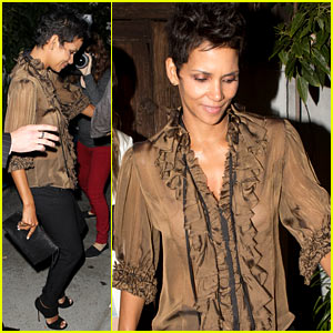 Halle Berry: Little Door Birthday Party!