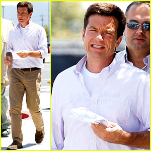Jason Bateman: 'Arrested Development' Begins Filming!
