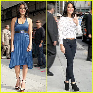 Olivia Munn Fist Bumps David Letterman
