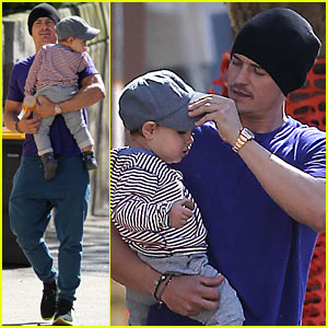 Orlando Bloom &#038; Flynn: Sydney Stroll!