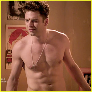 Sebastian Stan: Shirtless for 'Political Animals'!