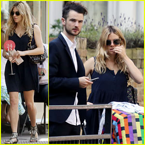 Sienna Miller & Tom Sturridge: Stroll with Baby Marlowe!