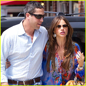 Sofia Vergara: Beverly Hills Shopping Spree with Nick Loeb!